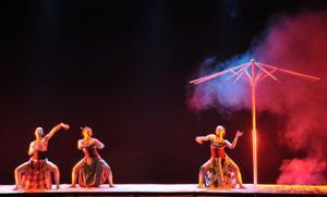 files/user/762/penampilan-teater-tari-dengan-judul-roro-mendut-21-10-13-di-teater-arena-tbjt-surakarta.jpg